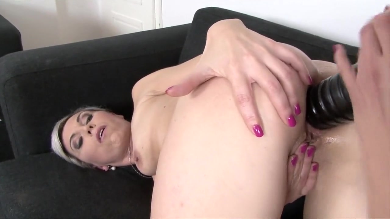 Sexy xxx video Girls nude showing pussy