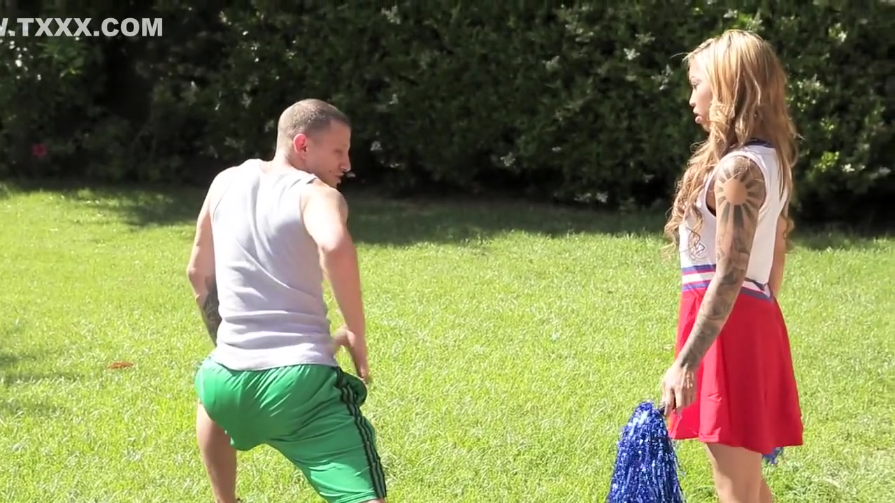 Porn Pics & Movies Sling bikini big tits