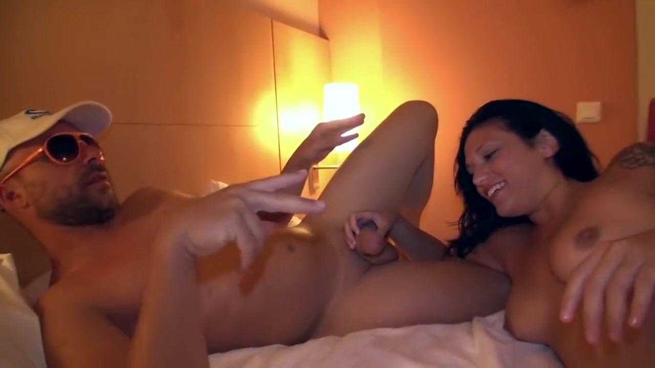 Nude 18+ German swinger club video