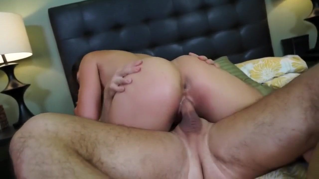 Blonde milf gets double penetrated in hotel XXX pics
