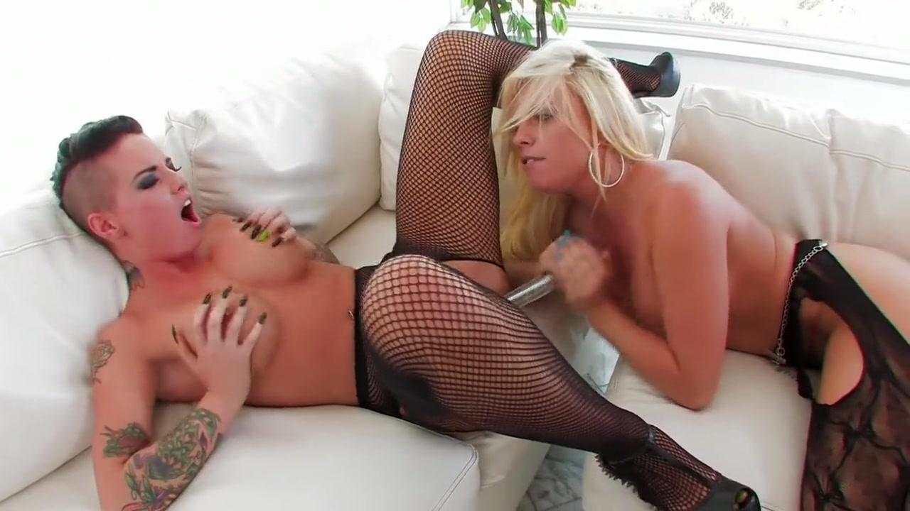 Boobs lesbiean fuck masturbate