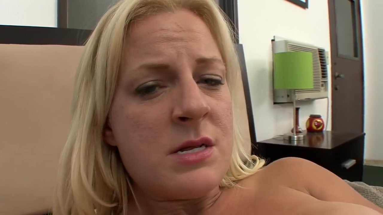Nude photos Bailey mosier brandel chamblee dating sim