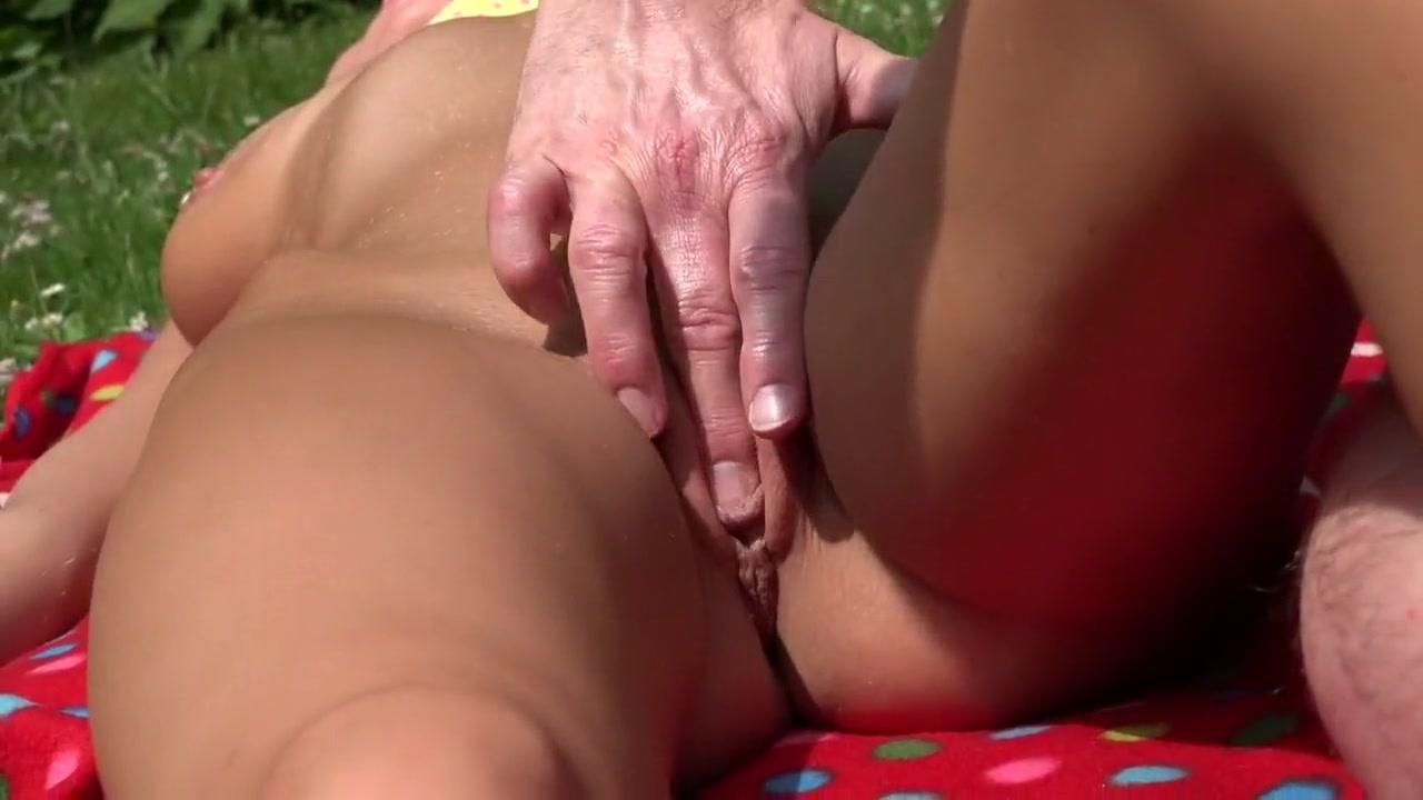 Alicia secrets shoves big dong inside Naked Porn tube
