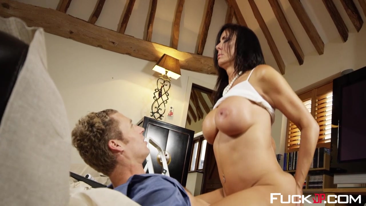 Hot Nude Juicy pussy pics