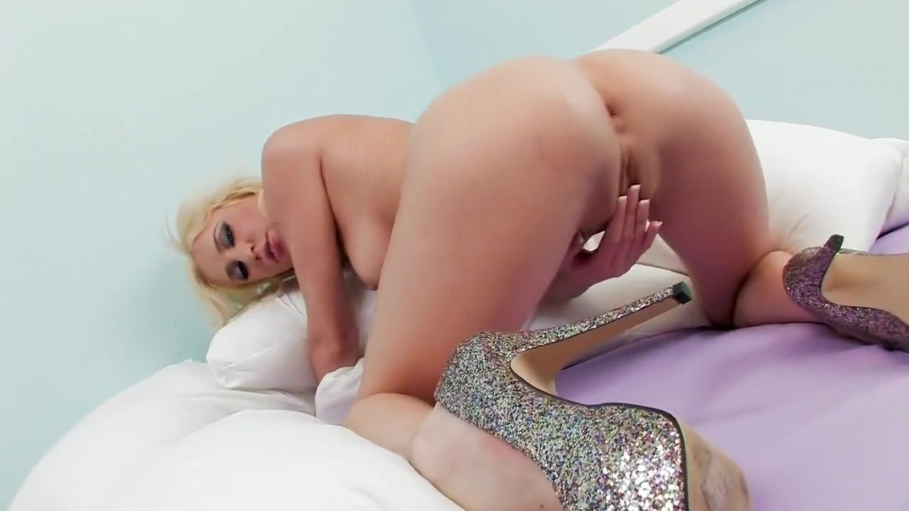 Porn clips French maid sexy nude