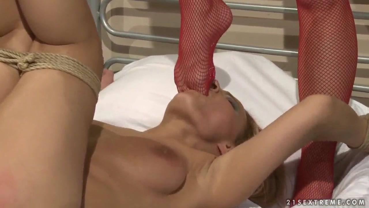 Cast sexy body