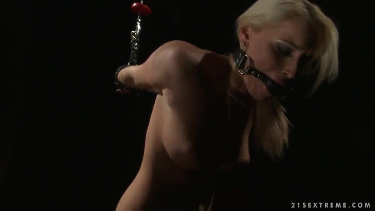 Nude gallery Ebony shemale model