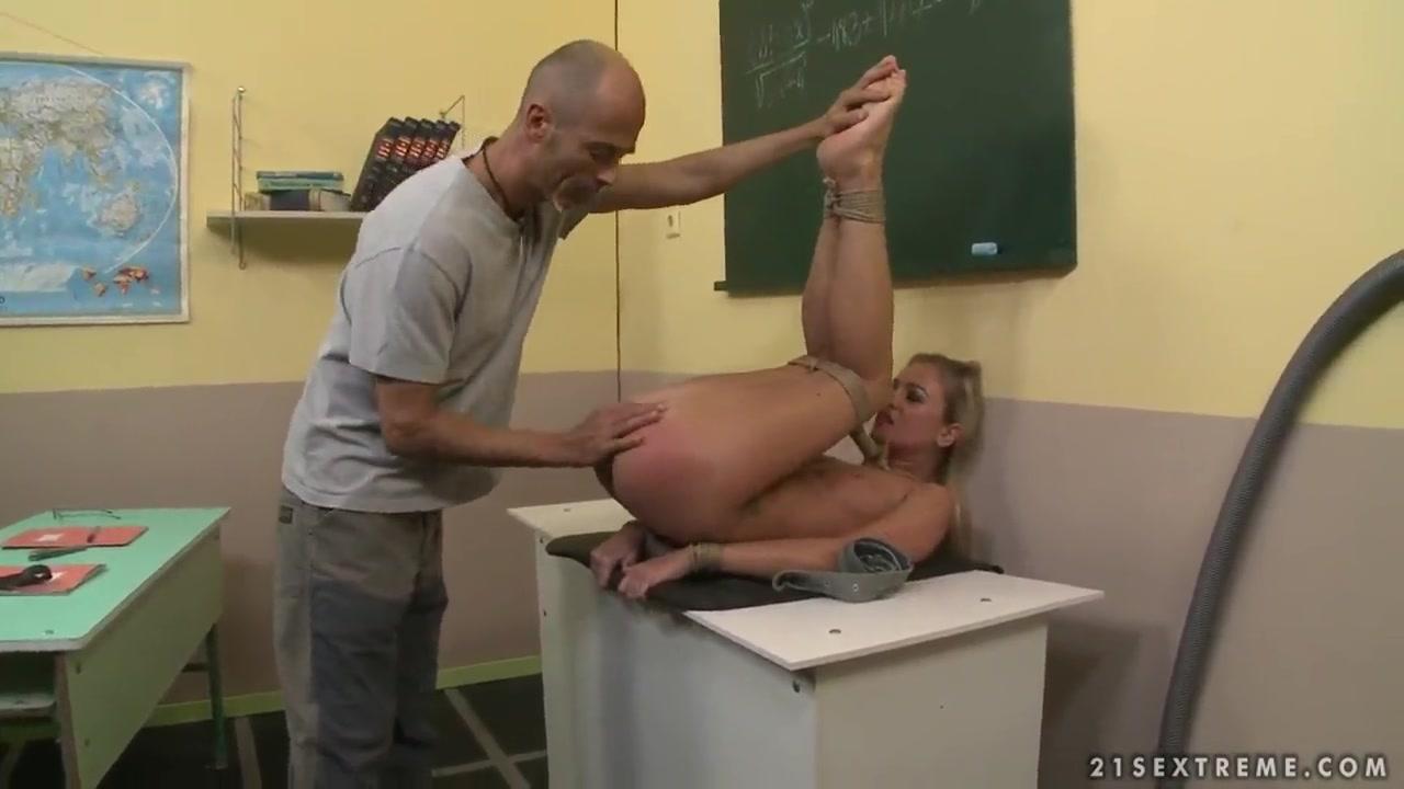 Adult archive Big tits milf extreme webcam fisting