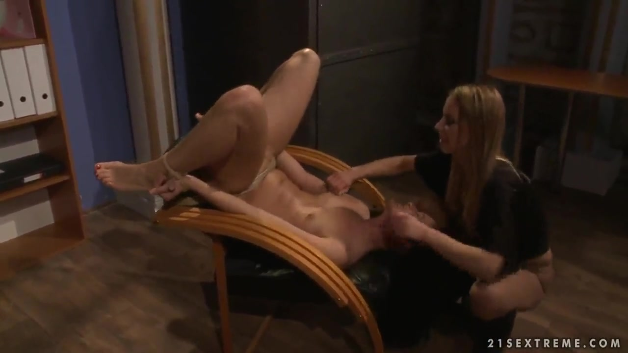 Horny licking movie Lesbianz