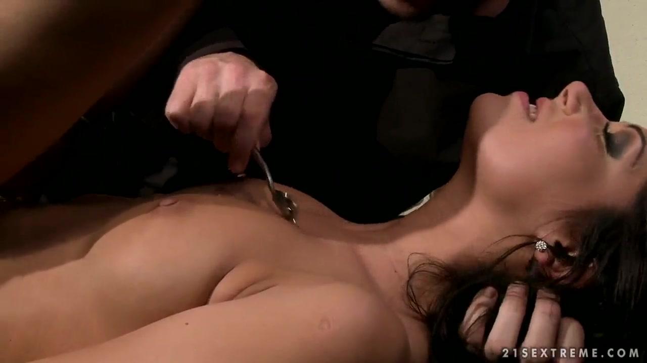 Porn clips Big black wet anal