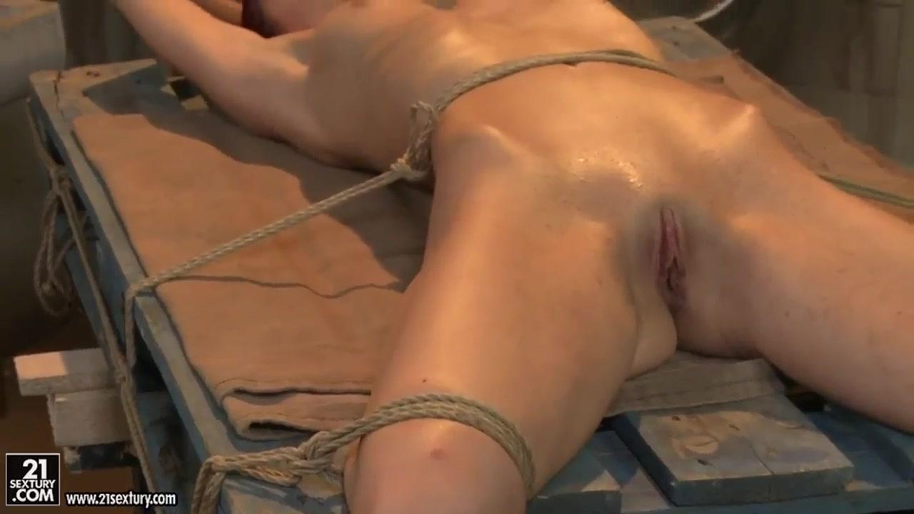 Teenie pussies videos virgin