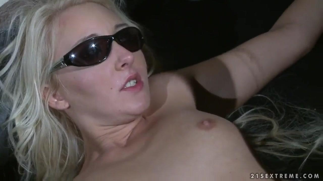 Bathroom hookup youtube Excellent porn