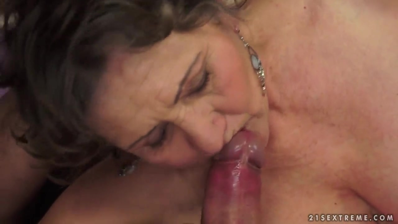 XXX Video Peru girl photo