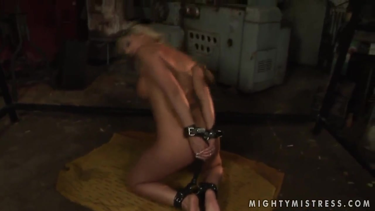 Naked Porn tube Big breast hardcore