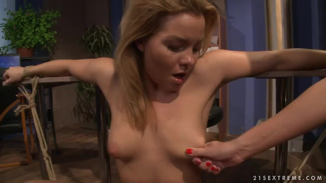 Signs of wife cheating with another woman Sexy Video