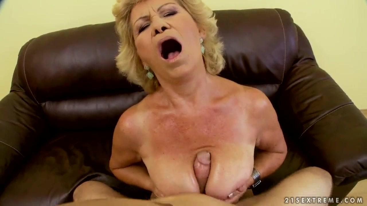 XXX Photo Pics of horny grannies