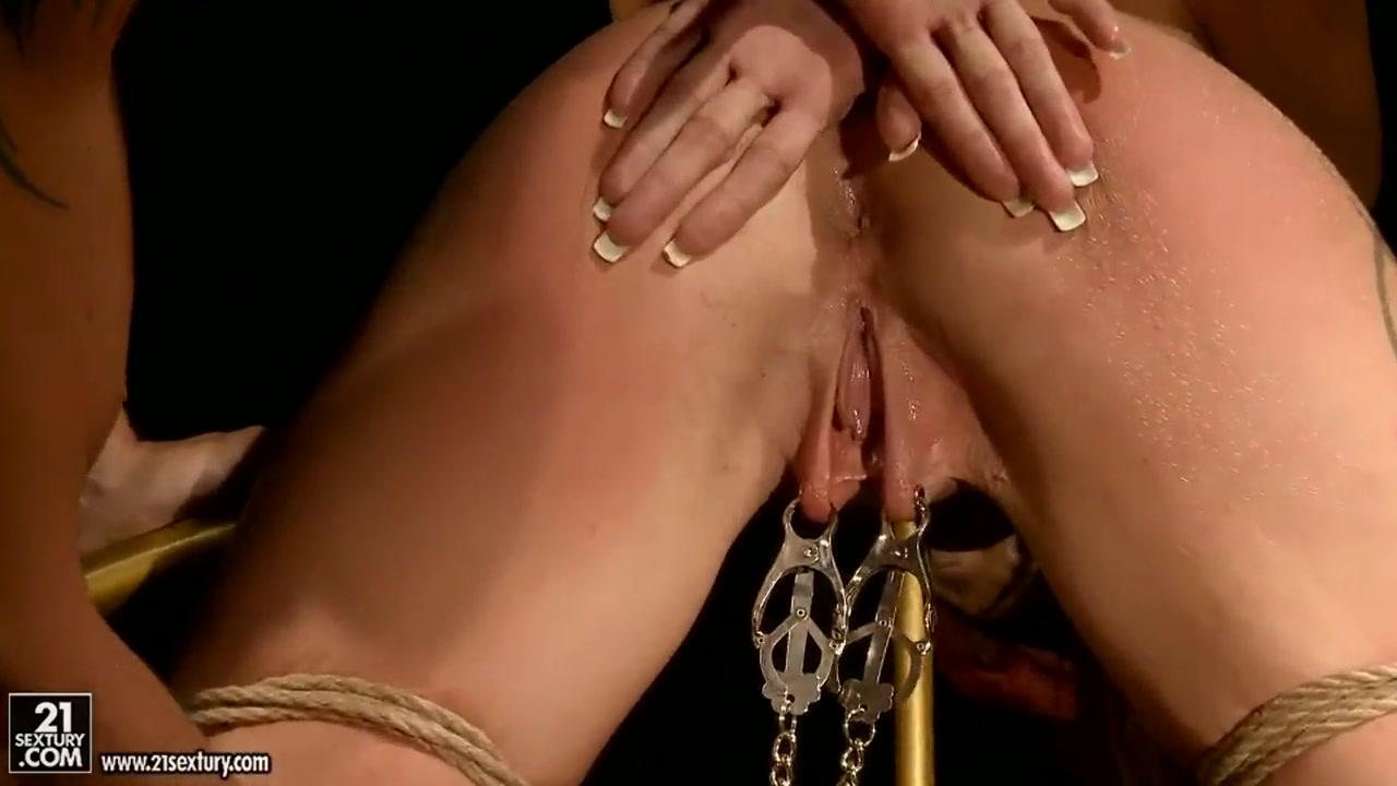 Naked xXx Teacher licking the feet of his disciple