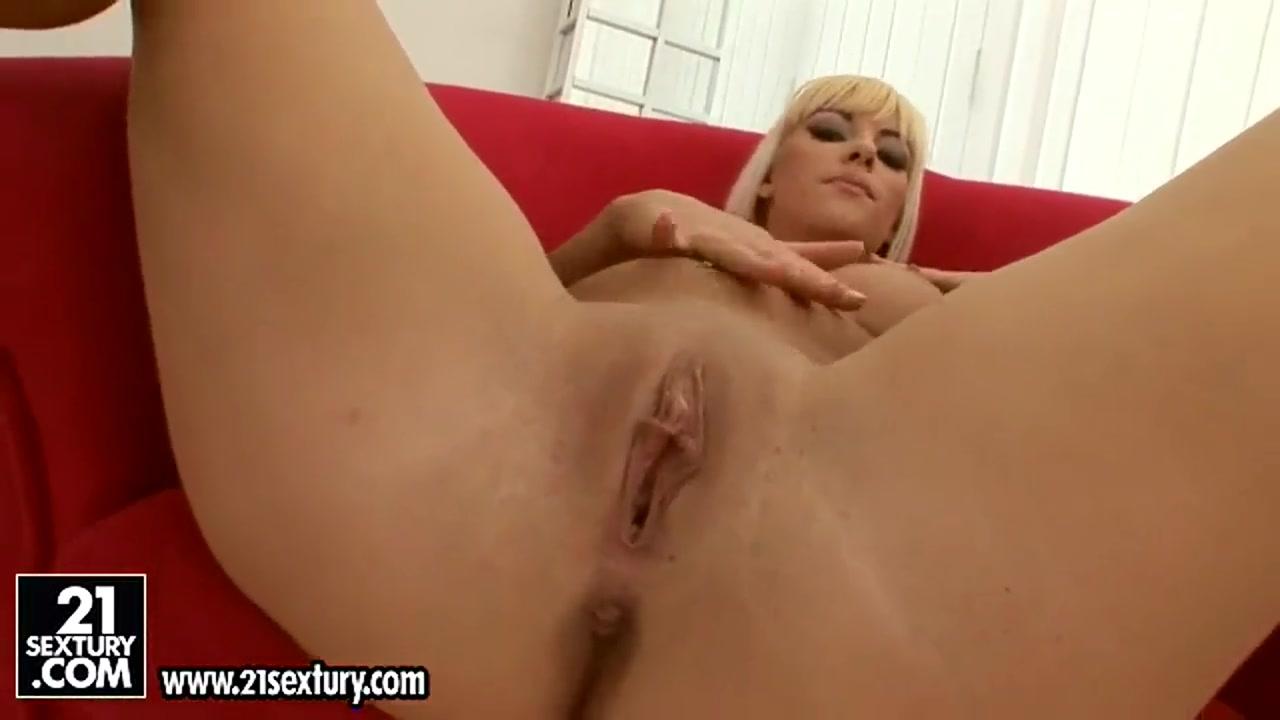 Sweet nudist women FuckBook Base