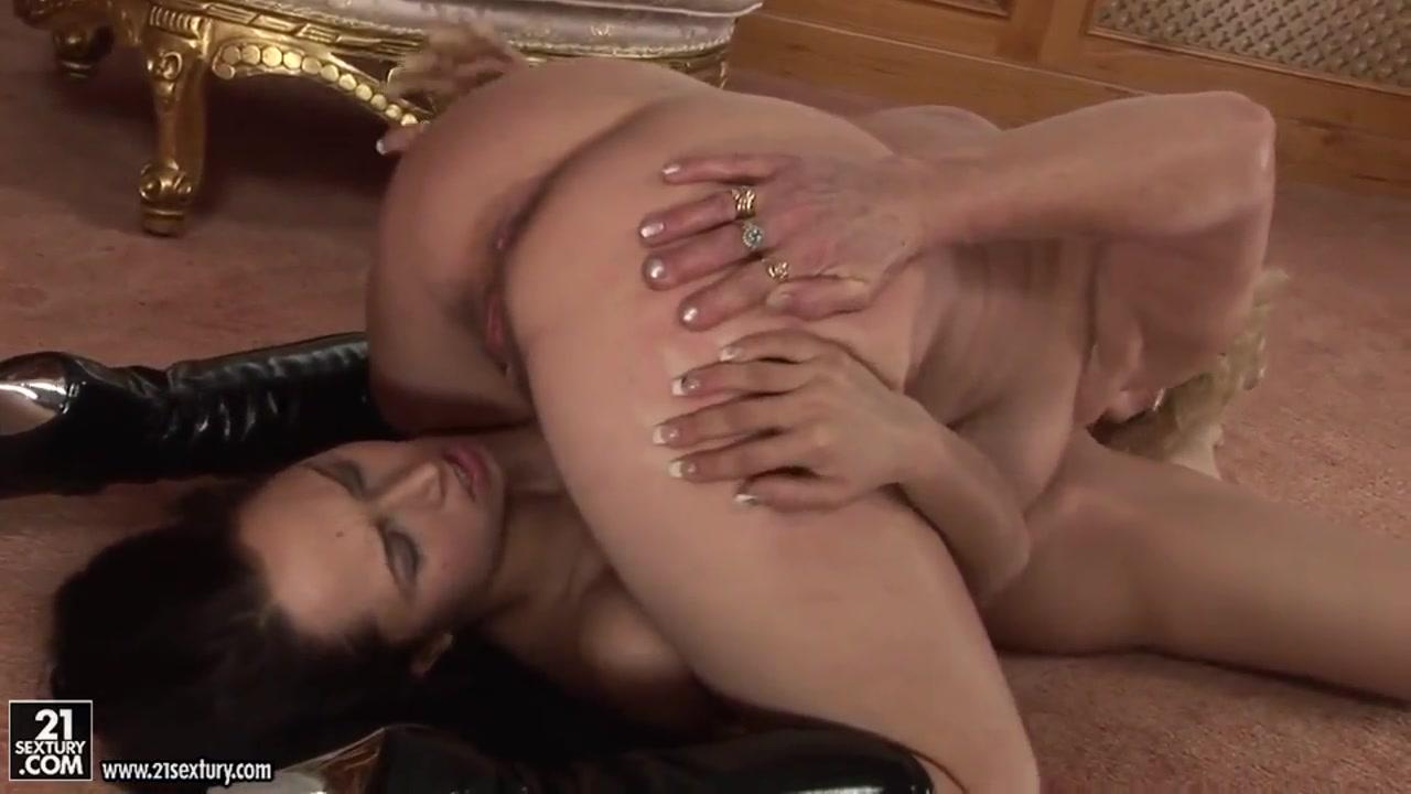 Horne porn lesbion Pussu