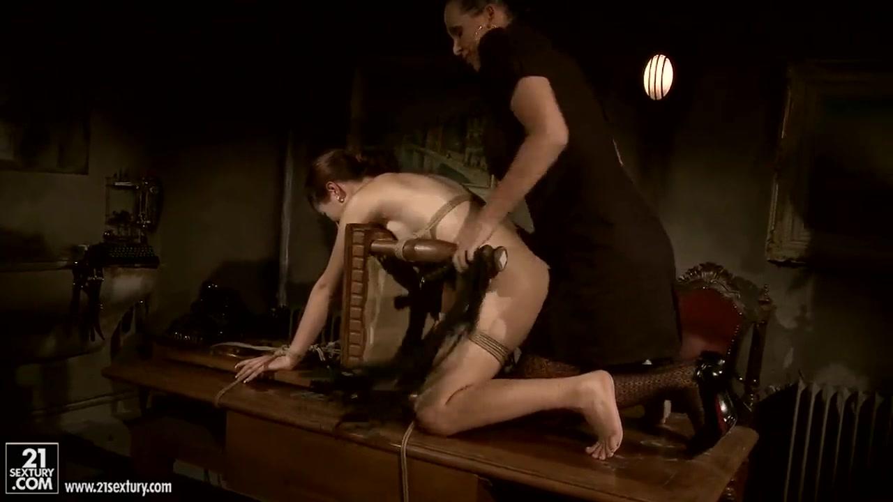 Sex photo Latin hairy bbw playing