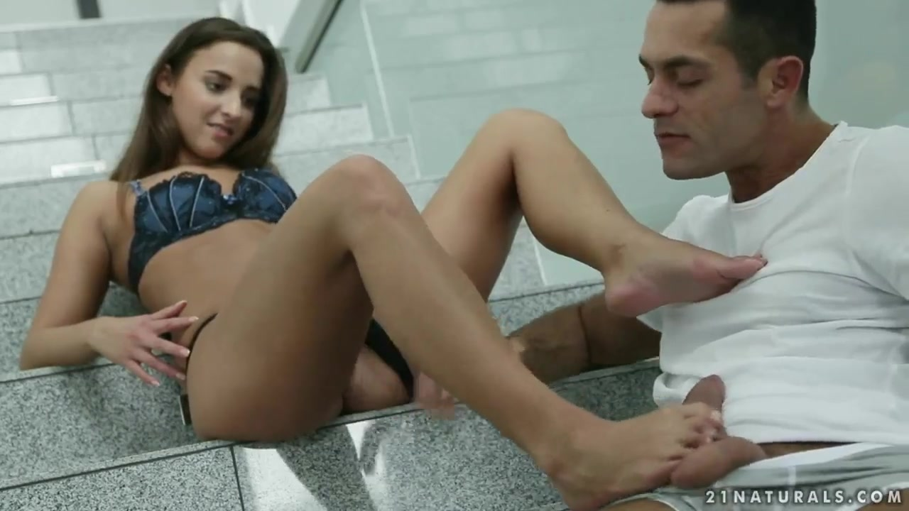 Amirah Adara is giving footjob and blowjob Gianna michaels internal cumshot