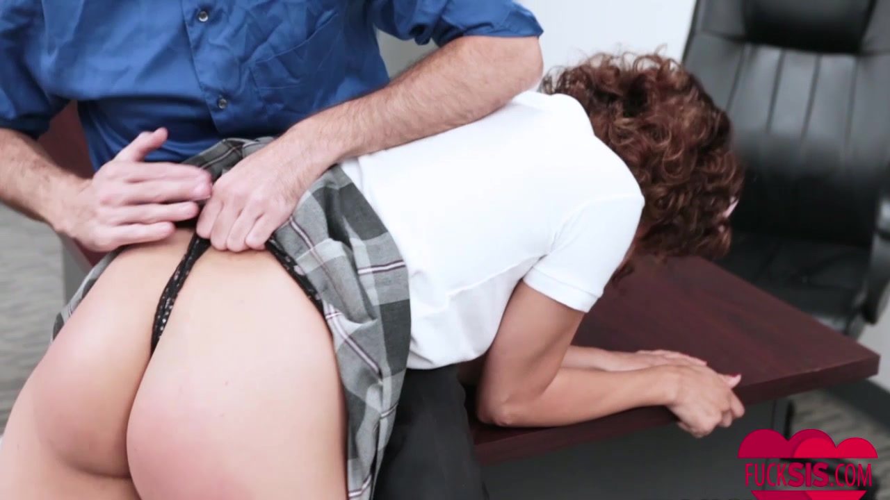 XXX Video Camille crimson the art of blowjob