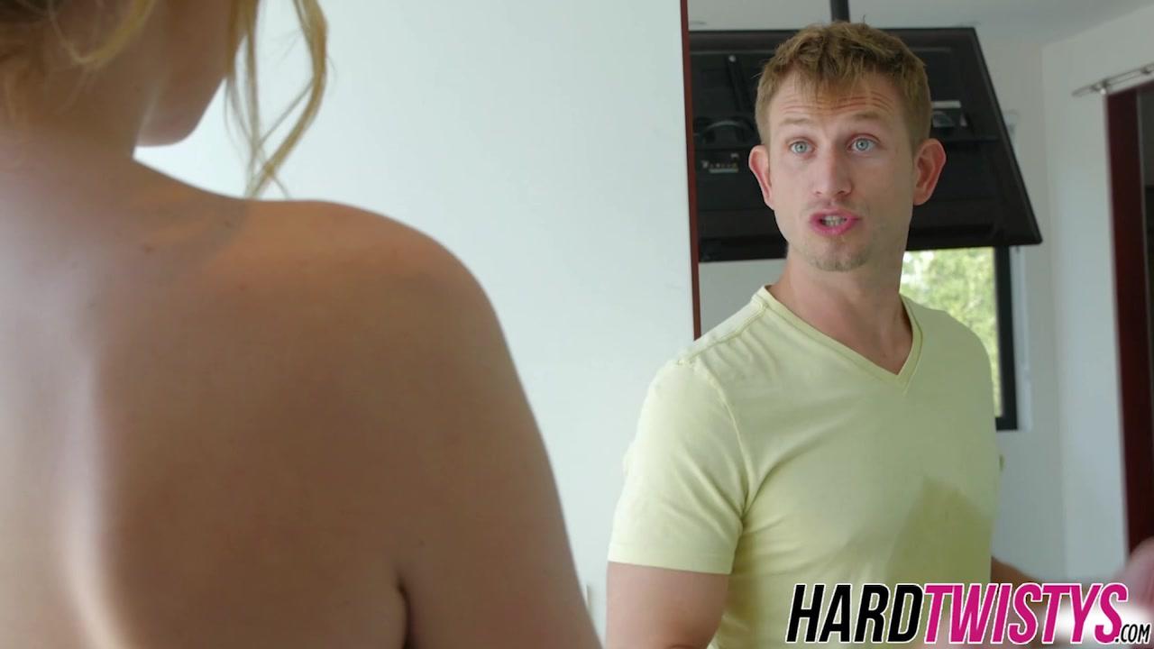 Hot Nude Spy blowjob