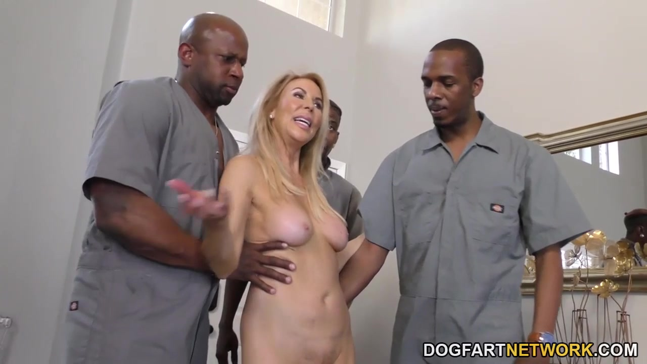 Porn Base Lez toying stocking milf