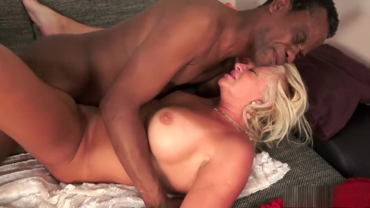 Good Video 18+ Boomers carver ma