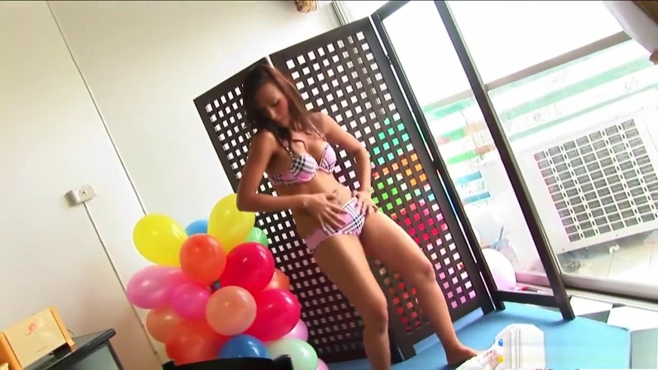 Licking Femdom Japanese Nude pics