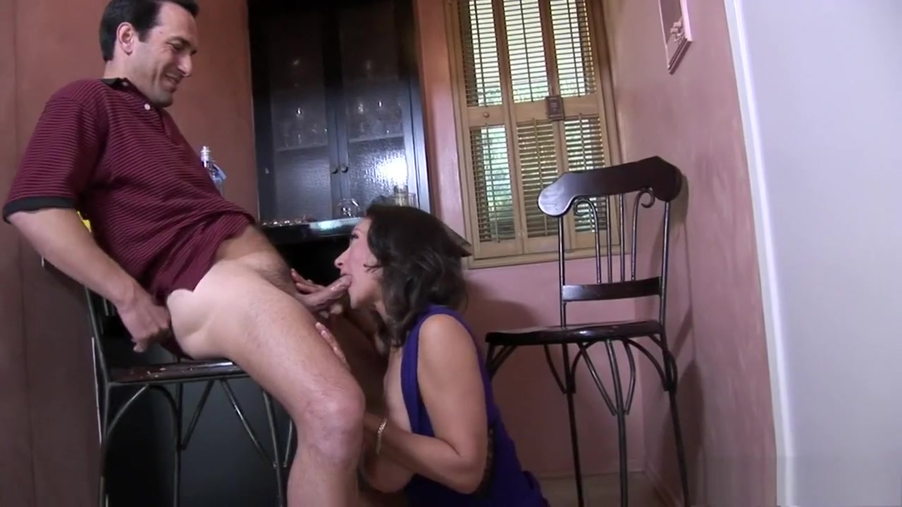 Voluptuous cougar Persia Monir has a hairy peach longing for action Hard fucking ass girl