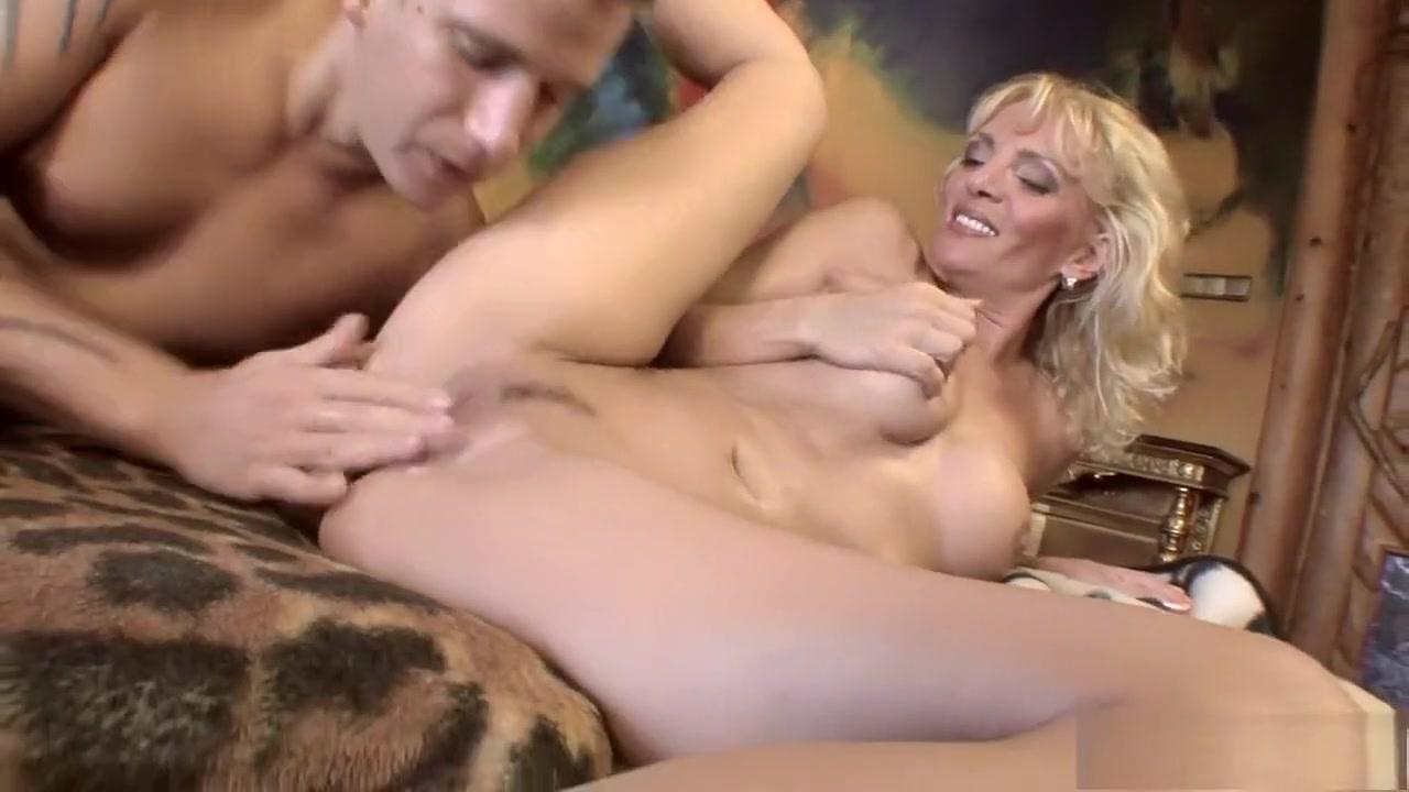 Naked Porn tube Casting amateur mature