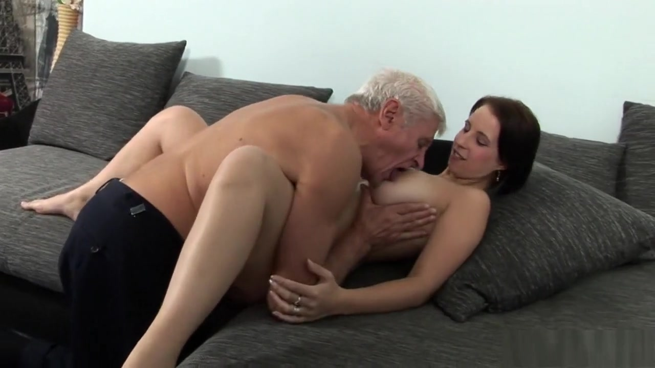 Quality porn Wife Giving Blowjob Swallow Strangers