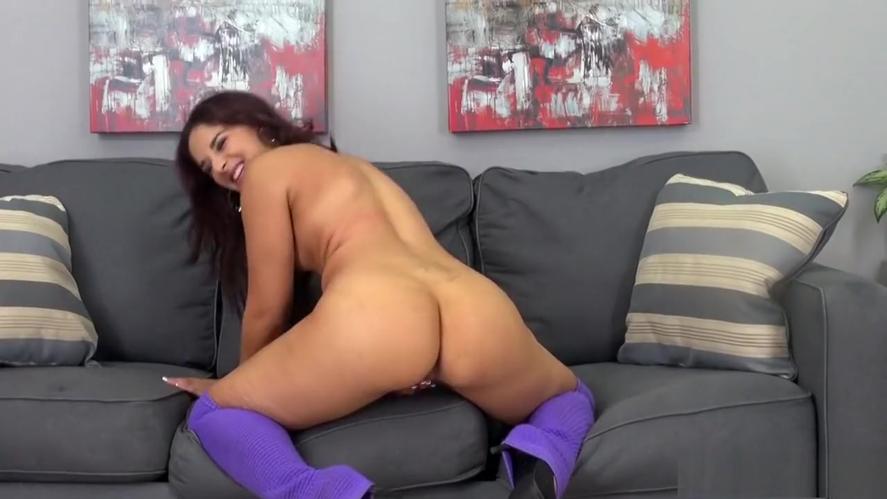 Naked Pictures Female masturbation and orgasm slutload