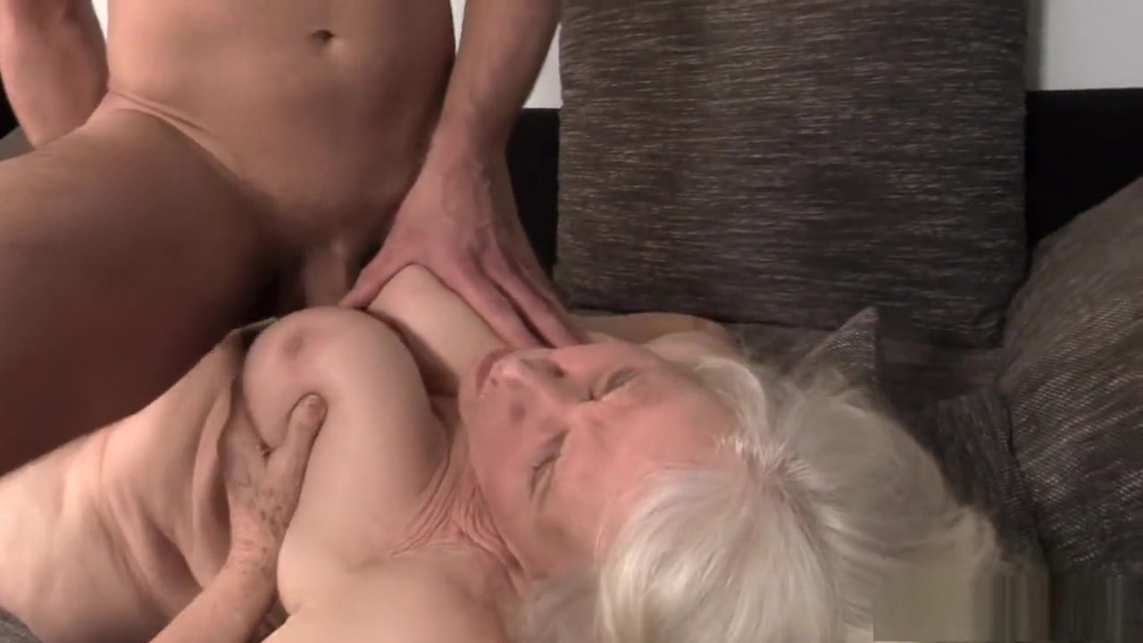 Naked Porn tube The Milf Gallery