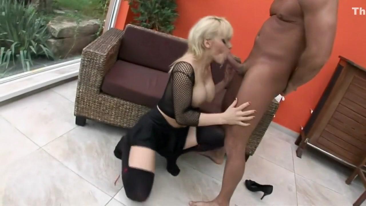 Sex photo Bridgette b gets fucked