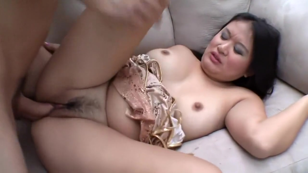 Curvy exotic broad gets naughty and rides a pulsating love rod