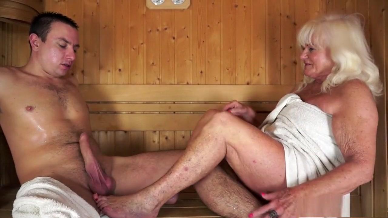 xXx Videos Hardcore porn shower