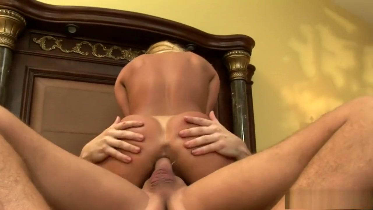 Porno photo Whos dating who mandy moore