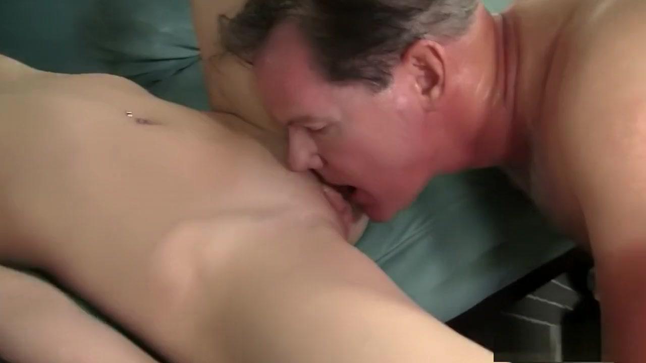 Naked xXx Dressing room blowjob