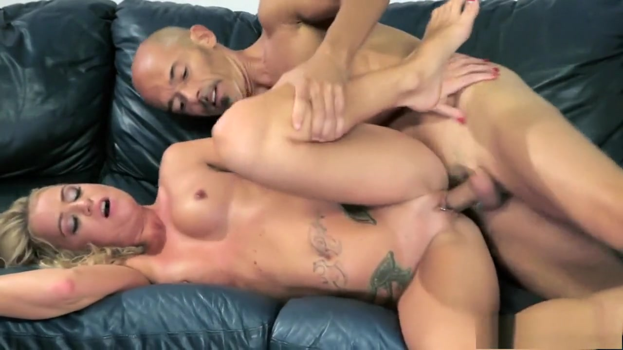 Marvelous milf gets drilled by a young stud and succumbs to pleasure private porn picture upload