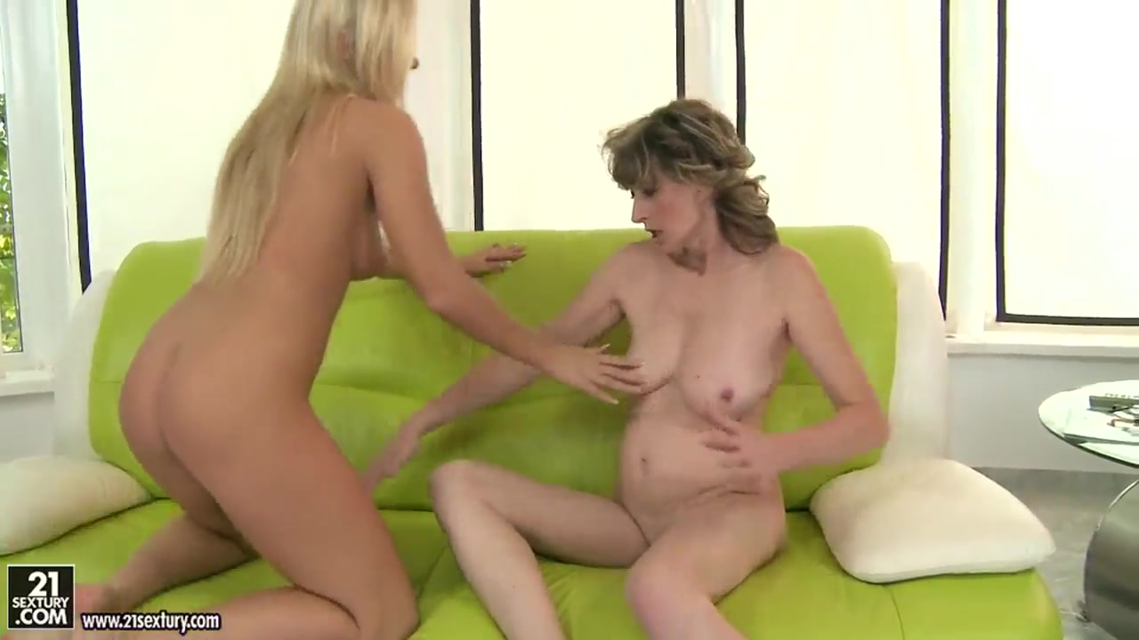 With dominating blowjobs Bigtitted milfs cfnm