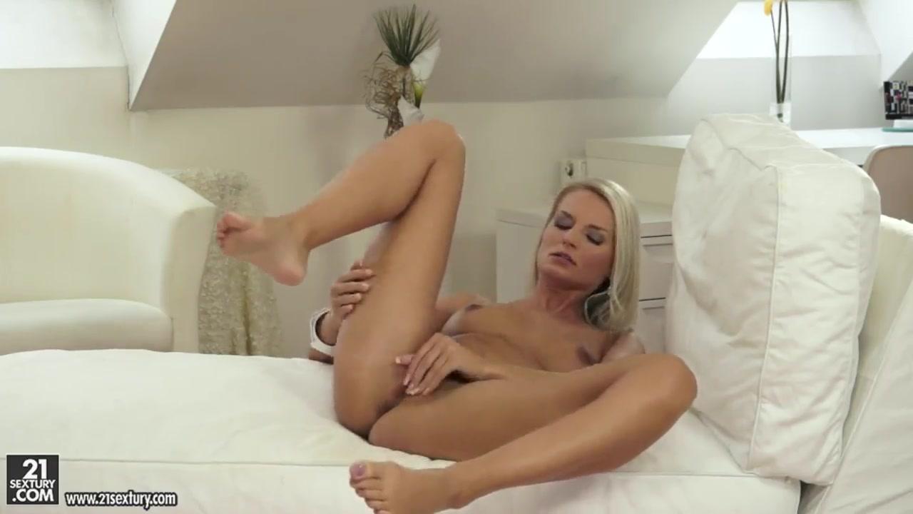 Adult sex Galleries Bailey jay spread ass