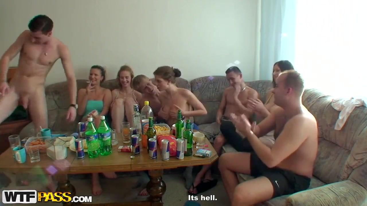 Lesbian couple asslicking on webcam Porn FuckBook