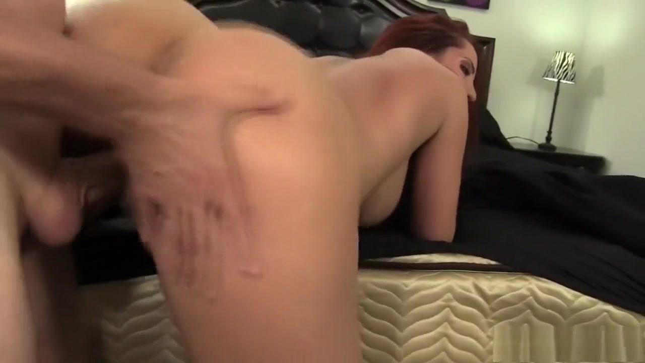 Seth rollins zahra schreiber dating images Naked FuckBook