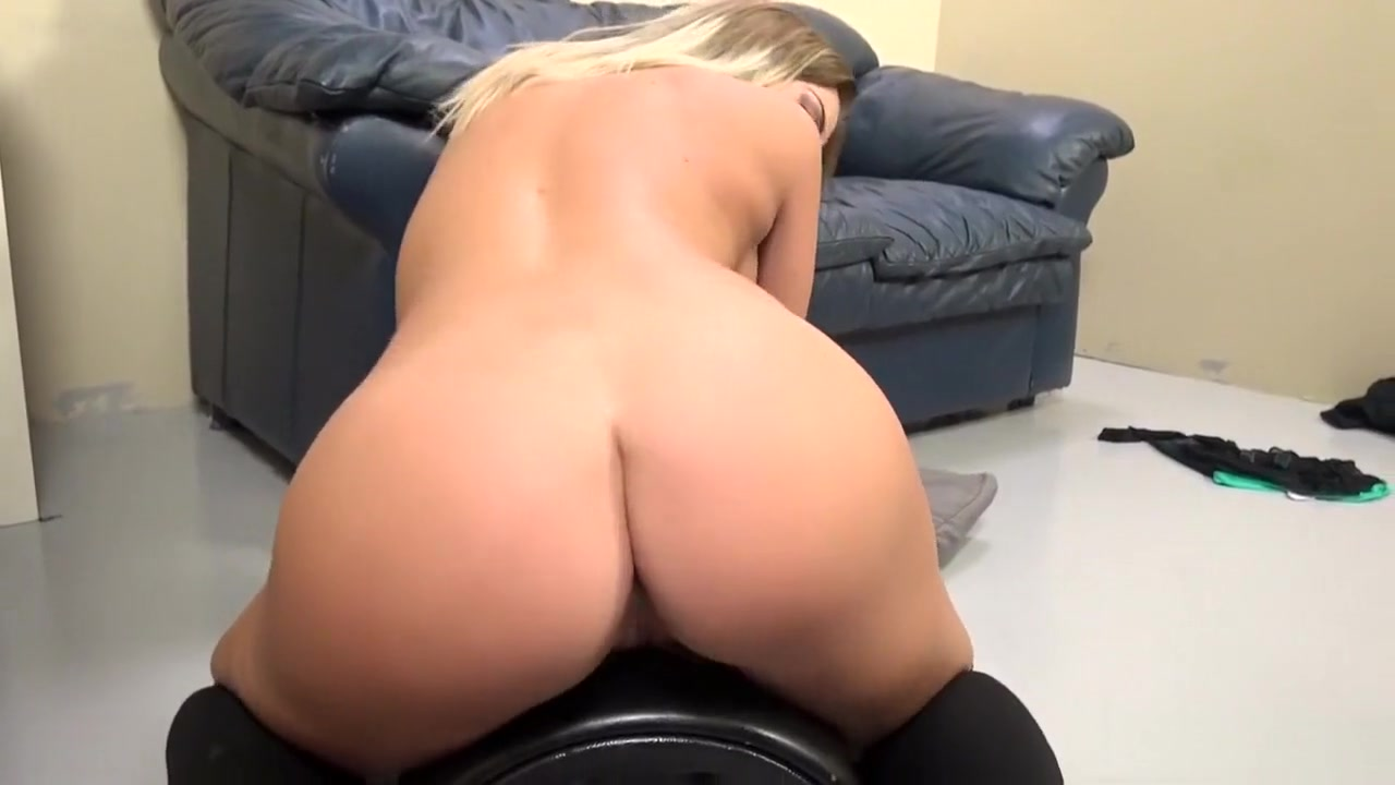 Beatiful ebony women XXX Porn tube