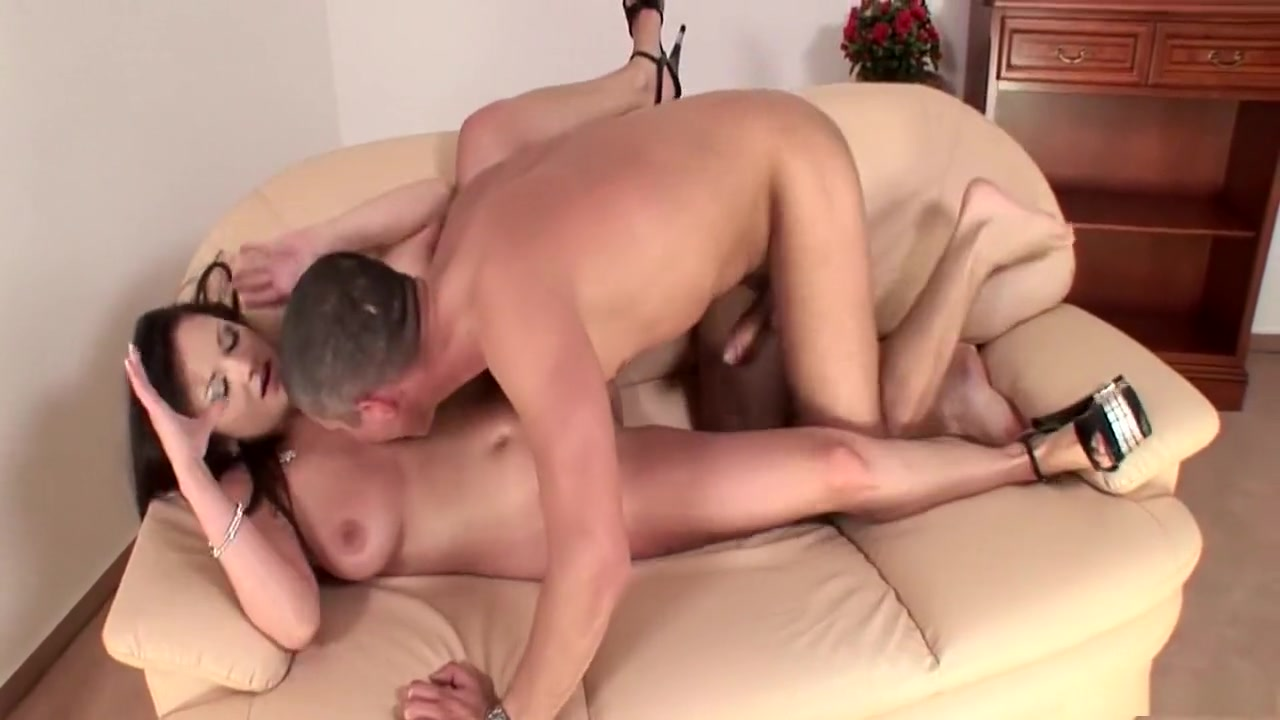 Jacking and cumming to redlightcentral busty milf Sexy xXx Base pix