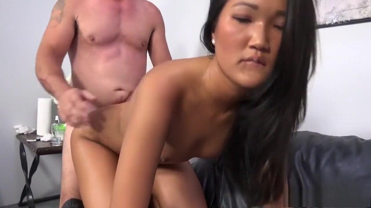 Lesbian bumble Porn pictures