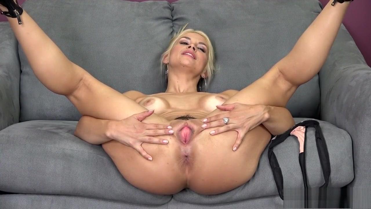 Pretty white pussy pics Hot xXx Video