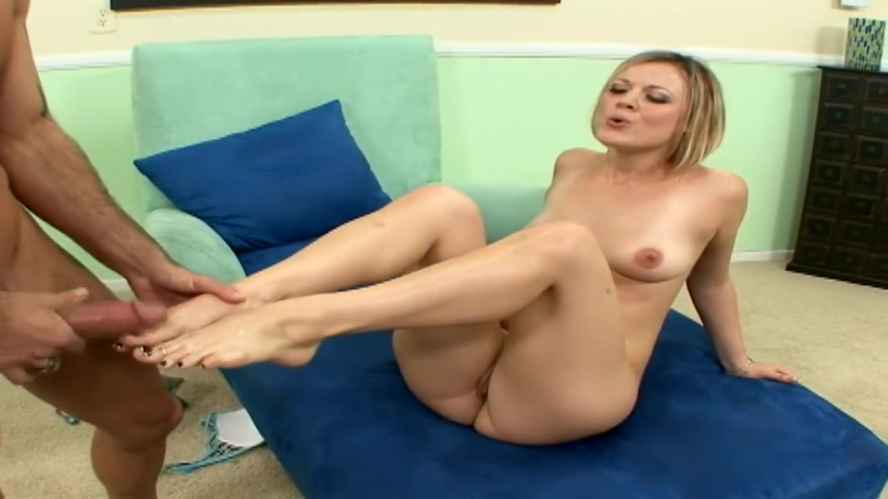 Porn archive Blonde bimbo milf fucked
